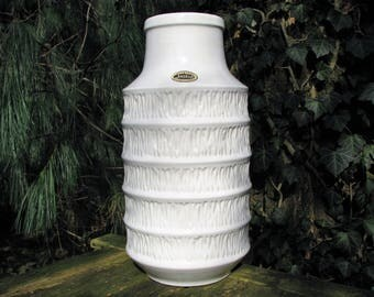 1960s Floor Vase – Jasba 1 529 45 + Label – vintage West German Pottery – Mid Century Home Design – white relief – 45 cm 17,72 inch large