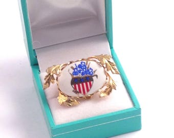Vintage Patriotic Americana Flag Stars and Stripes Pin