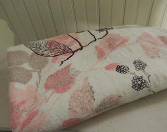 Bark Cloth Table Linen - Pink Bark Cloth Table Cloth - 1950s Pink Kitchen Table Cloth - Vintage 1950s Bark Cloth - Pink / Black Bark Cloth