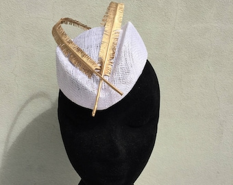 White and Gold Fascinator