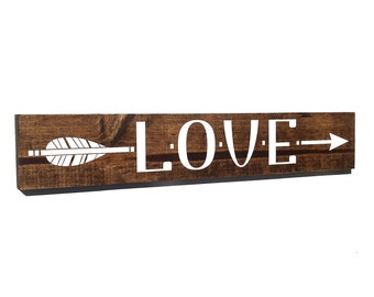 Love Arrow Sign - Wood Love Sign - Girls Bedroom Decor, Wall Decor, Reclaimed Barn wood, Wood Home Decor, Gift for Her, Wood Arrow Sign