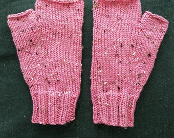 Hand knitted - Fingerless Mittens