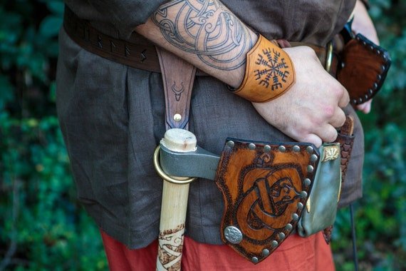 Viking Leather Axe Ring Frog - Belt Ring Axe Hanger - Viking Norse Bushcraft