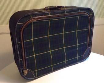 Mad for Plaid. Vintage Green Plaid Suitcase. Lightweight, Soft Sides, Rigid Frame, Zipper Top, Fabric Inside. 21 x 15 inches. No key. 1960's