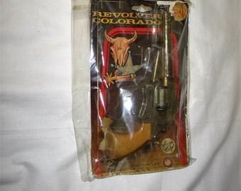 vintage 1970s/80s  joal revolver colorado diecast metal capgun