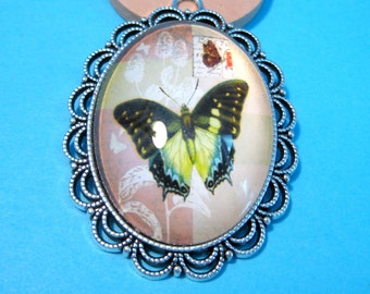 2pcs Large Green Butterfly Picture Glass Cabochon With Antique Silver Setting