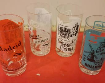 Vintage Glass Tumblers depicting different European Countries, 1960