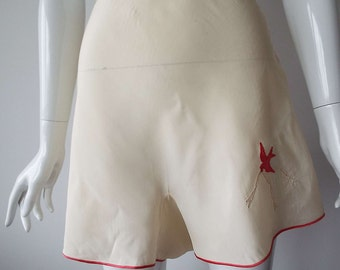 Vintage 1930's Ivory Silk With Red Embroidery Tap Panties Knickers Lingerie With Original Label Art Deco