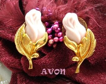 AVON PORCELAIN ROSEbud Earrings Pierced Post 1994 Original Box