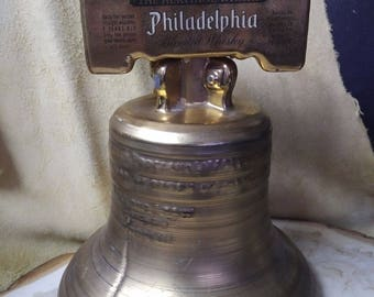 Jim Beam 1976 Liberty Bell whiskey decanter
