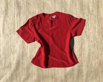 Red Silk Blouse | 90s vintage | crew neck | short sleeved | minimalist | size medium