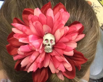 Large Pink Flower Hairclip with Skull