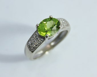 14k White Gold Oval Peridot and Diamond Ring, Vintage 1990s Ring, Solitaire Peridot, Vintage Peridot Ring, August Ring, Ready to Ship Size 7