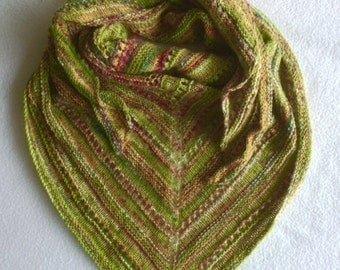 Triangular knitted shawl