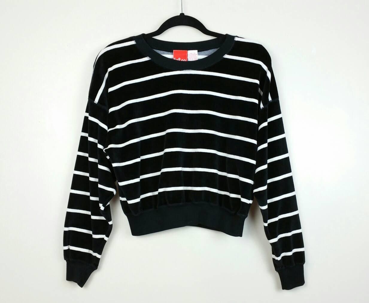 90s vintage velour cropped sweatshirt black and white striped ... eb6651cea
