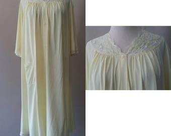 S / Vintage Housecoat Duster Robe / Small  / 1960's Shadowline Sleepwear Loungewear / FREE USA Shipping