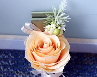 Sample of Bridesmaid Bouquet, Groom/Groomsmen/Father of Bride/ Ring Bearer Boutonniere, Mother Corsages