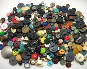 Large Mixed DESTASH Lot of Vintage Buttons - FREE SHIPPING
