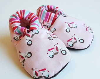 Scooter Baby Booties Scooter Soft Sole Baby Shoes Toddler Shoes Pink scooter Scooter Booties Girl Boy Neutral Slippers Infant