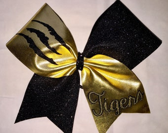 """The TIGER """"Claw Marks"""" Cheer Bow!"""
