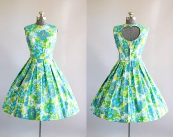 Vintage 1950s Dress / 50s Cotton Dress / Turquoise and Lime Green Floral Sun Dress w/ Open Back S