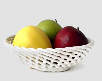 White Lattice Pottery Bowl by Bassano Italy - 8.5 inches, Fruit Bowl, Bread Basket, Oval Bowl, White Bowl, Floral Bowl, Pottery Basket