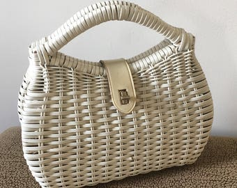 Vintage 1950's White Straw Whicker Hand Bag - made in Hong Kong