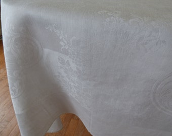 """Vintage Irish Linen Banquet Tablecloth, Large Size 70"""" x 110"""", Silky & Lovely, Excellent! Free Shipping"""