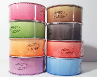"1 1/2"" Wired Ombre Ribbon with Stitched Edge - 10 Yards"