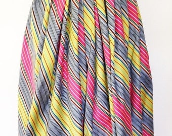 Vintage multicolor  cotton gathered skirt with diagonal stripe design. Size Small