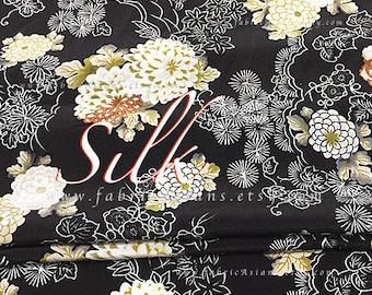 Japanese Kimono Black Silk chrysanthemum fabric