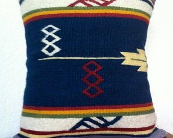 """Hand woven Mexican Pillow """"Pensamiento"""""""