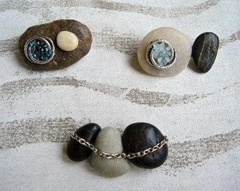 Set of 3 pins PEBBLES