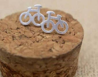 Free shipping:  sterling silver bike bicyle stud earrings