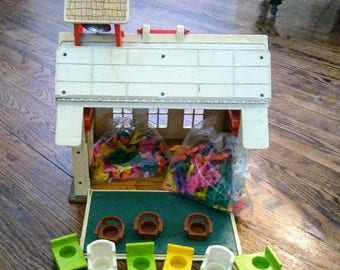 1971 Fisher Price School House #923