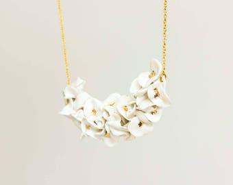 Ceramic Necklace White ans gold flowers
