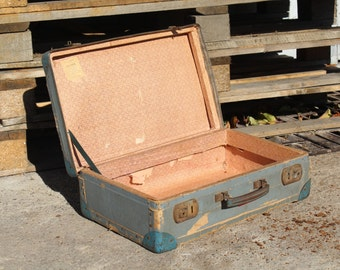 Vintage suitcase - Medium size suitcase - Old luggages - Cardboard train case  - 1950s suitcase - Antique suitcase - Vintage luggage