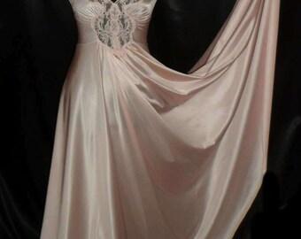 RARE Vintage Shimmering Pink Nylon Vandemere (Olga?) Grand Sweeping Waltz Nightgown S 34