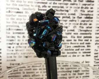 Beaded Hairstick – Cluster Hair Stick Shades of Black & Chromatic with Black Wire
