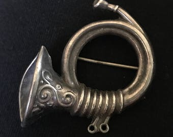 Vintage Lang Sterling Silver French Horn Pin