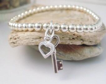 Sterling Silver Bracelet//'Key to my Heart' Stretch Charm Bracelet//Beaded Charm Bracelet//gift for her//girlfriend gift//gift for women.
