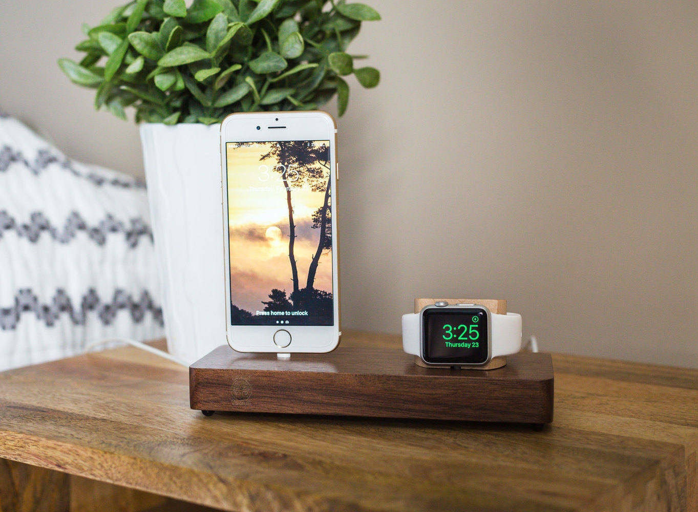 wood apple watch dock apple watch docking station iphone 7