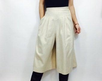 Vintage culottes wool culottes vintage pleated culottes white wool culottes vintage wool pants xs culottes 26 waist highwaisted pants wool