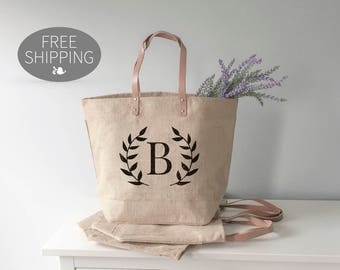 Bridesmaid Tote | Bridal Party Gifts | Unique Gift for Bridesmaids | Personalized Bridesmaid Gift Idea | Bridesmaids Gifts on a Budget