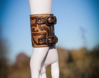 Strength leather bracelet wrist bracer maroi style