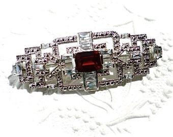 Vintage Deco Brooch Rhinestone Pin Vintage Jewelry VA-189