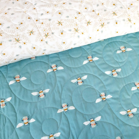 Garden Dreamer Wholecloth Baby Quilt with Bumble and Flower >> MADE-to-ORDER blue floral toddler quilt, bee crib quilt, bumble bee quilt