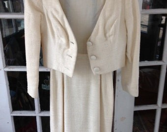 """70's Ivory Jackie """"O"""" two piece dress suit, knubby linen blend"""