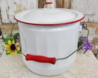 Enameled Bucket/Pot/Porcelain Enameled with Lid Farmhouse Porch Decor Bucket/Flower Garden Pot/Steel/White/Red Trim/Wood Handle/Vintage