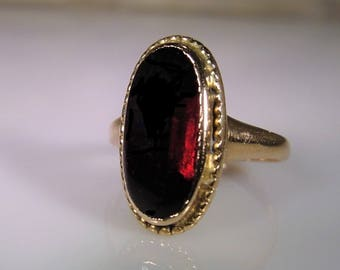 1900c, 14K Gold Ring, Genuine Garnet Ring, Cabochon Garnet Ring, Antique Ring, Dark Red Garnet Ring, Gold Garnet Ring, Vintage Ring – Size 4
